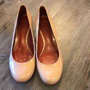 Tory Burch nude heels